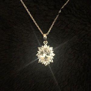 Jewelry - Elegant White Sapphire Necklace